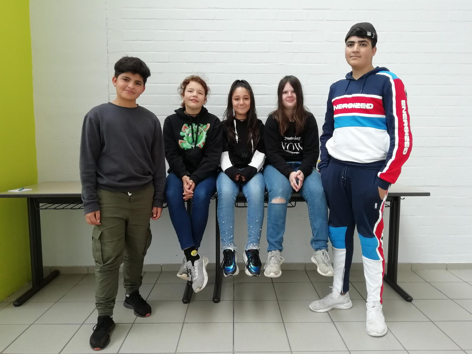 Unsere SMV v.l.n.r.: Maher, Leonie, Andrea, Vanessa, Ahmed.